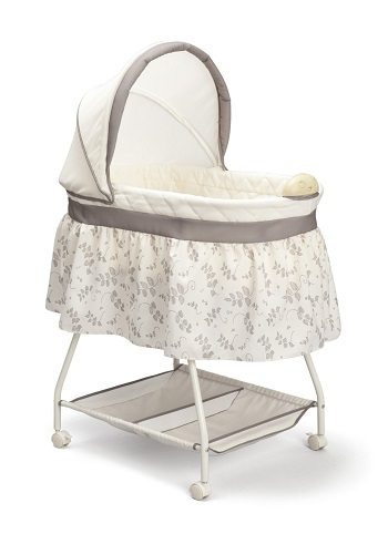 Delta Children Sweet Beginnings Bassinet Review